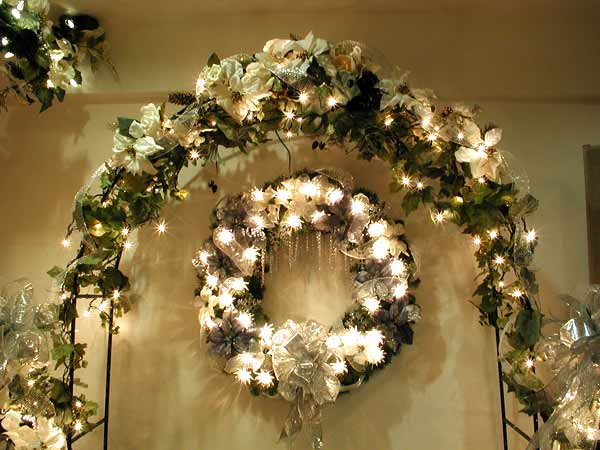 Garland Decoration For Christmas Tree Decorating Christmas Tree